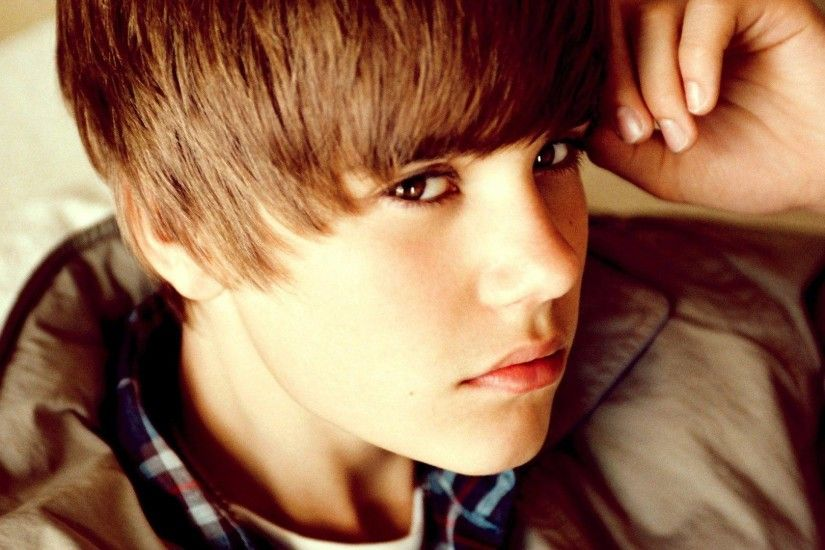 justin-bieber-desktop-wallpaper-hd - WallPaper FeedWallPaper Feed