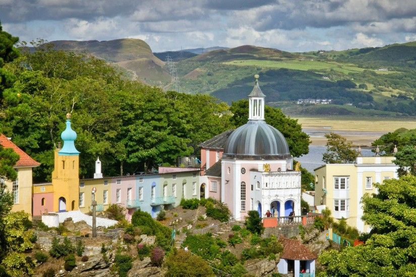 The Most Beautiful Small Towns in the U.K. - Photos - Condé Nast Traveler