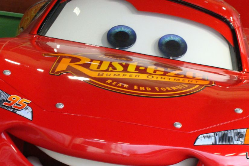 Lightning McQueen Desktop Wallpaper