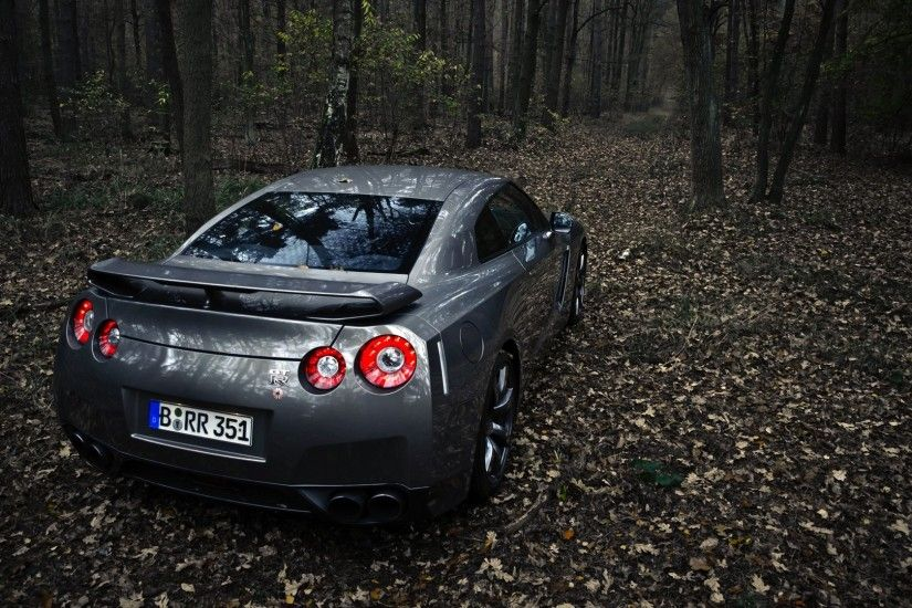 Nissan GTR HD Desktop Wallpaper Free
