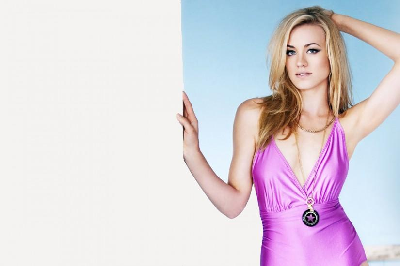 Yvonne Strahovski HD Wallpaper