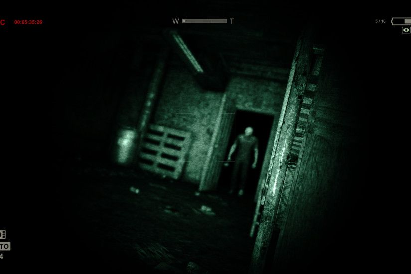 Outlast (2013) – With most horror games, the tension wears off as the game  wears on. You figure out ways to fight back against and destroy whatever's  facing ...