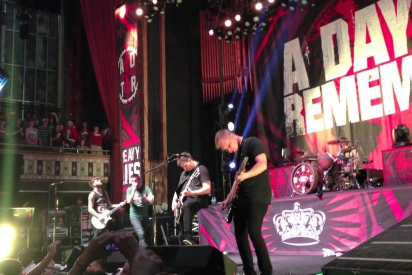 A Day to Remember - Right Back At It Again (Live)( NEW SONG 2013) (FULL HD)  - YouTube
