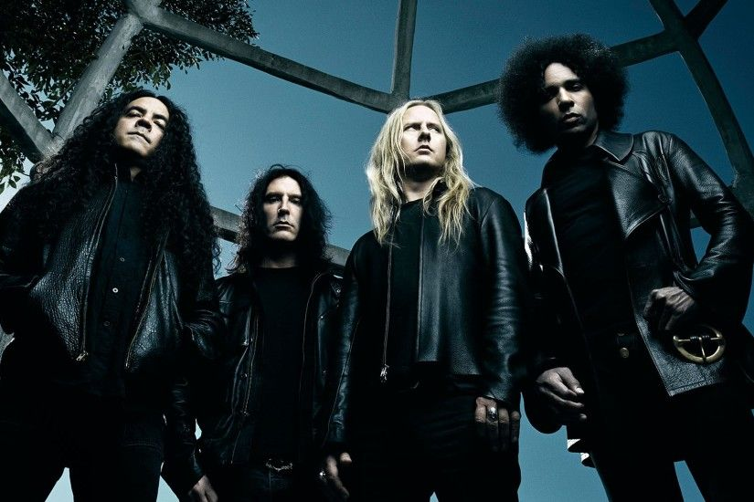 Preview wallpaper alice in chains, hair, sky, tree, jackets 1920x1080