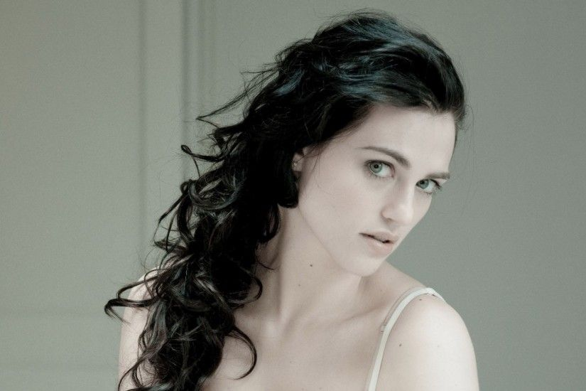 Katie McGrath 878532