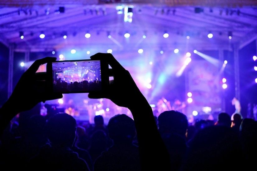 hi-tech technology video music concerto smartphone stage hall viewers  lighting appliances colored lights blur