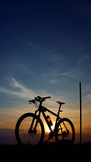 Moutain-Bike-iPhone-3Wallpapers-Parallax