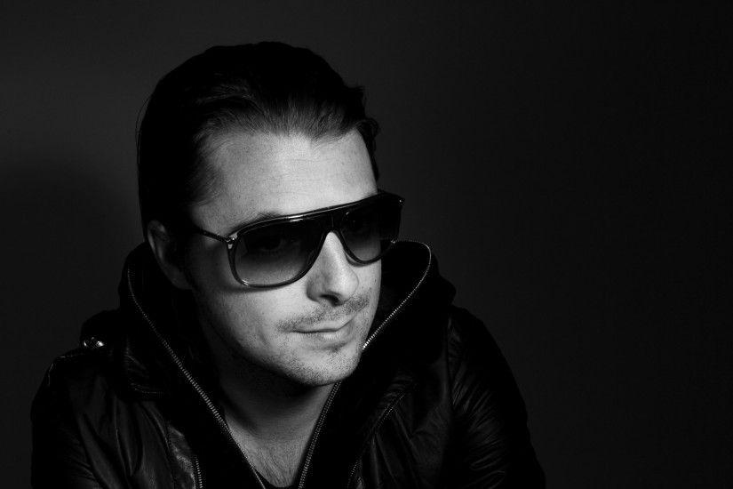 Preview wallpaper dj, axwell, disc jockey, house, musician, bw 1920x1080