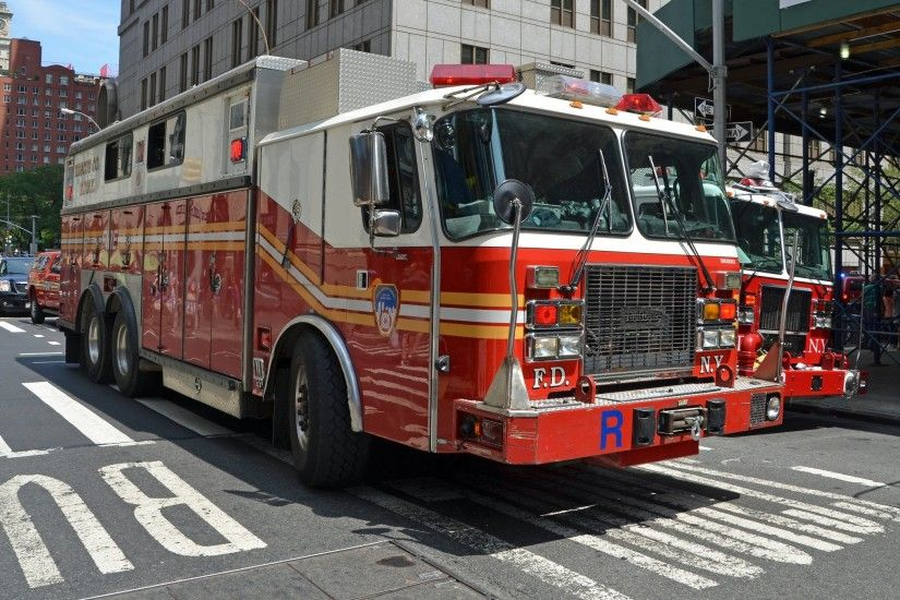 Ambulance camion cars boat emergency fire fire-departments fire truck medic  new-york F D N Y pompier rescue suv truck USA wallpaper | 2048x1356 |  477145 | ...
