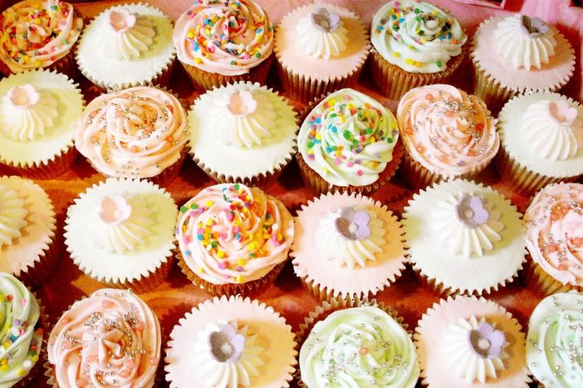 30 Cupcake Wallpapers and Desktop Backgrounds | Solo Foods