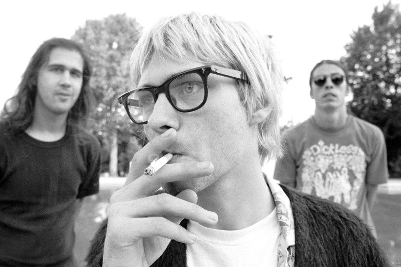 Nirvana Kurt Smoking for 2560x1440