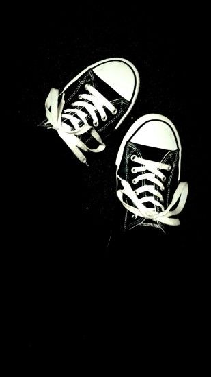 White and black shoes (converse) - wallpaper