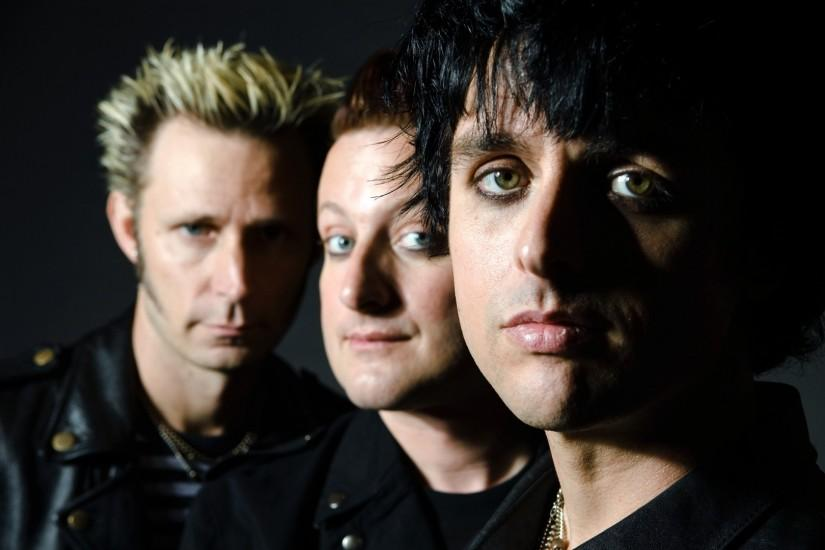 Preview wallpaper green day, band, look, hair, eyes 1920x1080