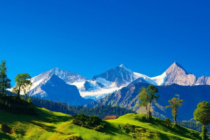 Beautiful Alps Mountains Wallpaper