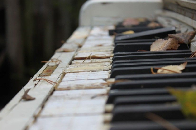 Old piano keyboard Photography HD desktop wallpaper, Keyboard wallpaper, Piano  wallpaper - Photography no.