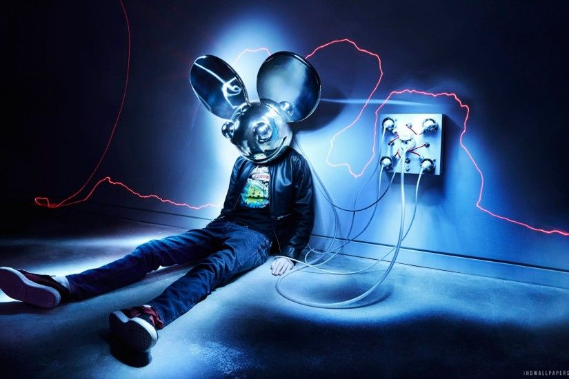 Deadmau5 HD wallpapers 2560x1600.