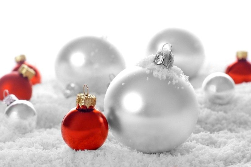 Christmas White Red Decoration balls | New Year Wallpapers