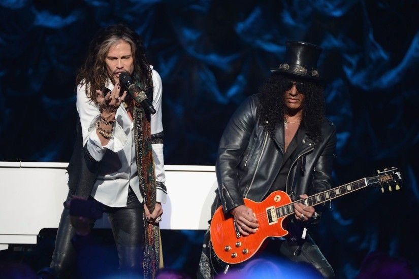AEROSMITH hard rock glam heavy metal glam guitar concert slash .