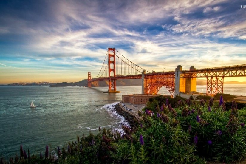 Golden Gate Bridge View wallpapers and stock photos