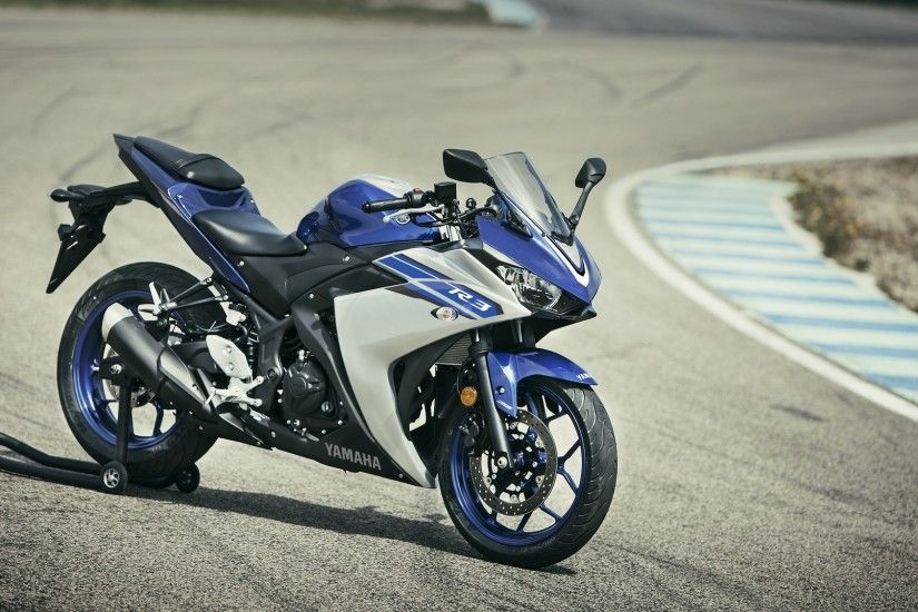 Official Wallpapers of Yamaha YZF-R3
