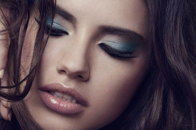 HD Wallpaper | Background Image Adriana Lima HD Close Up Images