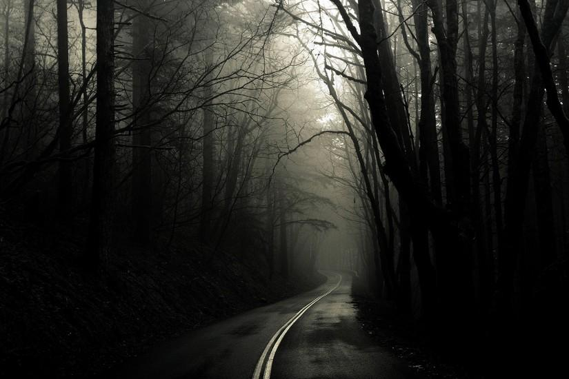 Scary Road desktop wallpaper