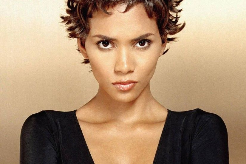 Halle Berry HD Wallpapers (12)