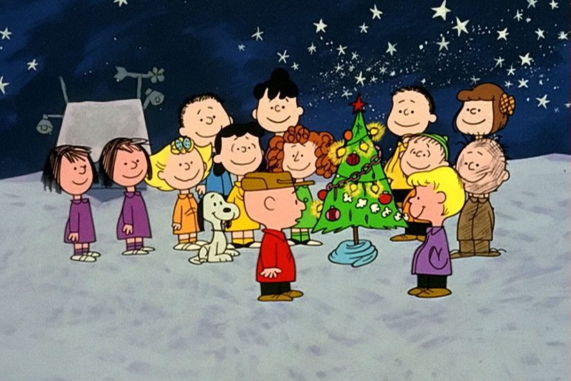 *Peanuts Gang Decorated Tree HD 2700x2025*