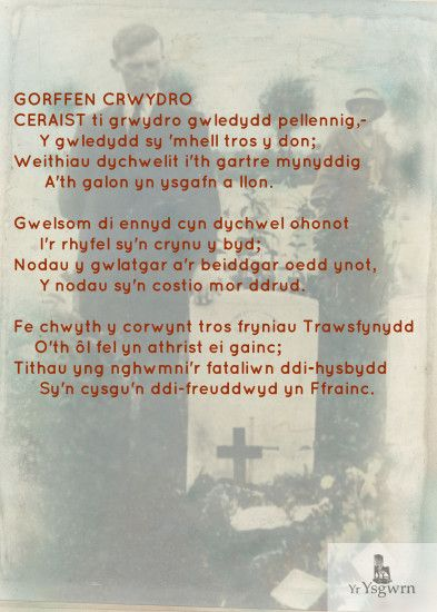 Gorffen Crwydro- Hedd Wyn's brother at his grave in the background