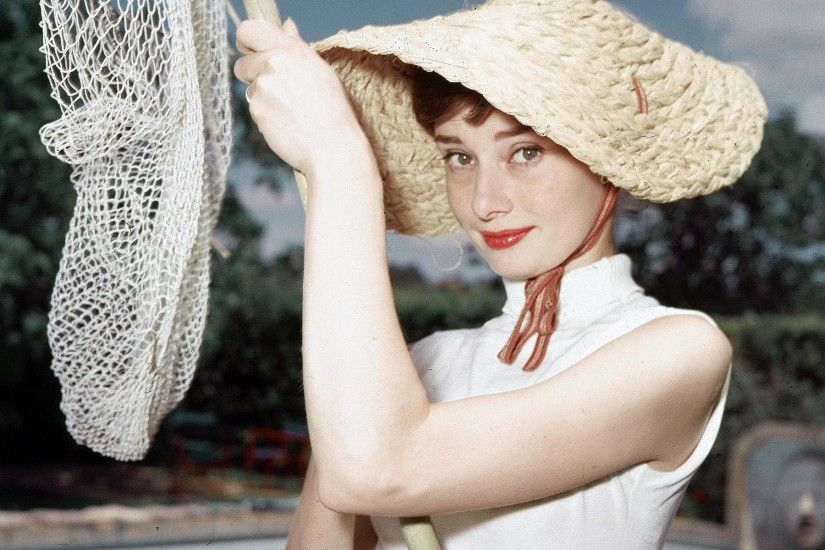 Audrey Hepburn Picture Download Free.