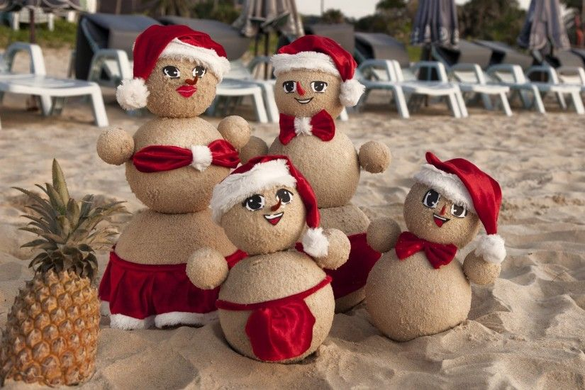 happy new year christmas snowman beach sand c new year christmas beach sand  snowmen