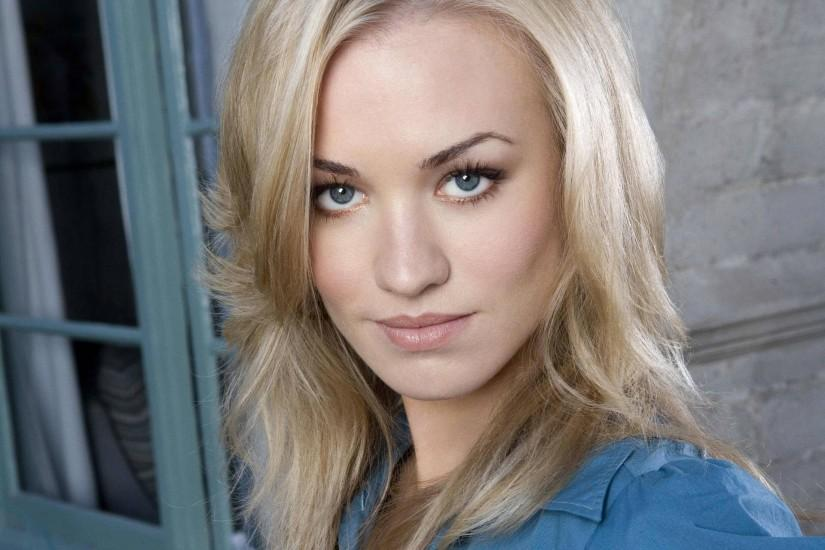 <b>Yvonne Strahovski Wallpapers</b>, PC <b>Yvonne