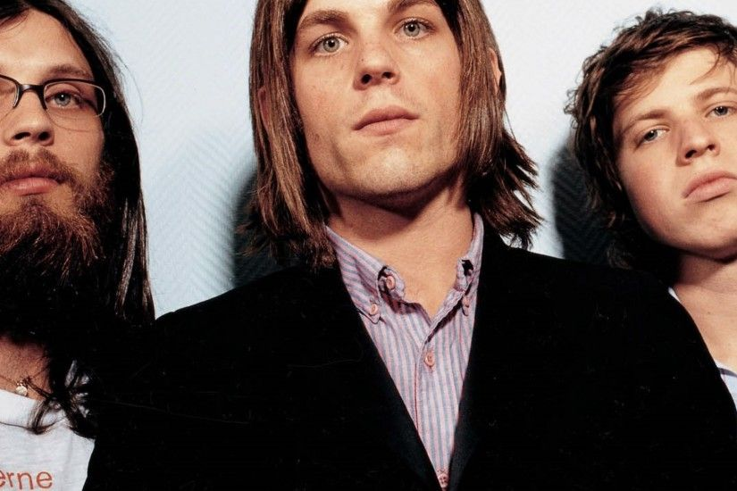 2048x2048 Wallpaper kings of leon, band, members, suits, haircuts