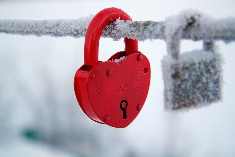 Snow Heart HD Wallpapers.