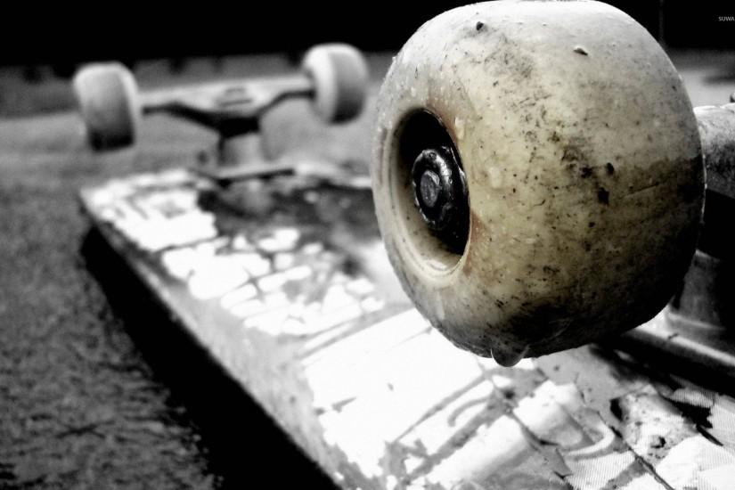 Skateboard upside down wallpaper