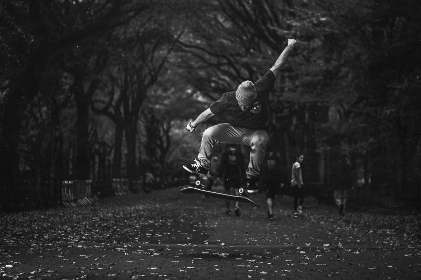 Skateboard Skateboarding Jump Stop Action BW wallpaper