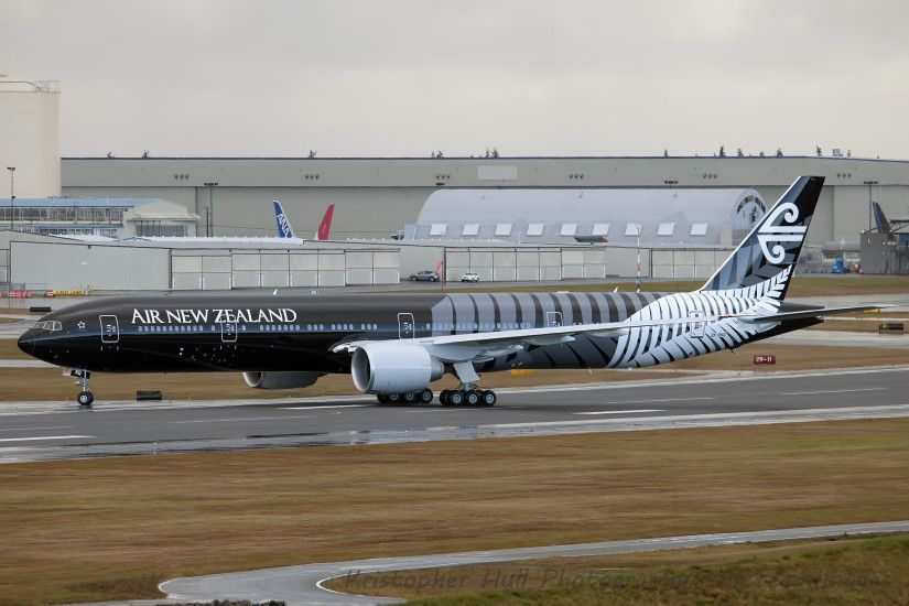 Air New Zealand Boeing 777-300ER (ZK-OKQ) taxiing at Paine Field