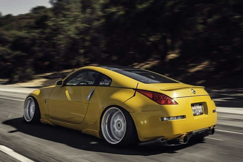 nissan 350z stance nissan yellow road speed in motion