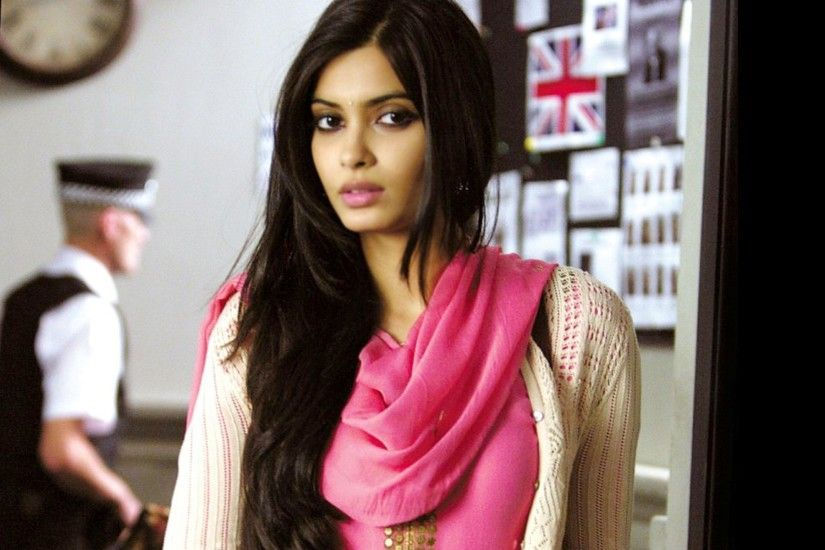 1920x1200 Diana Penty Wallpapers | Free Download HD Hot Bollywood Actress  Images
