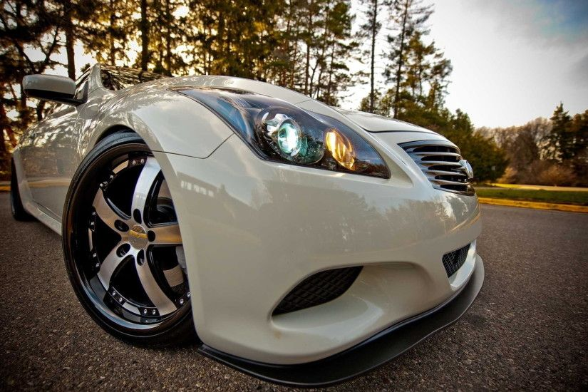 white Infiniti G37 HD wallpaper