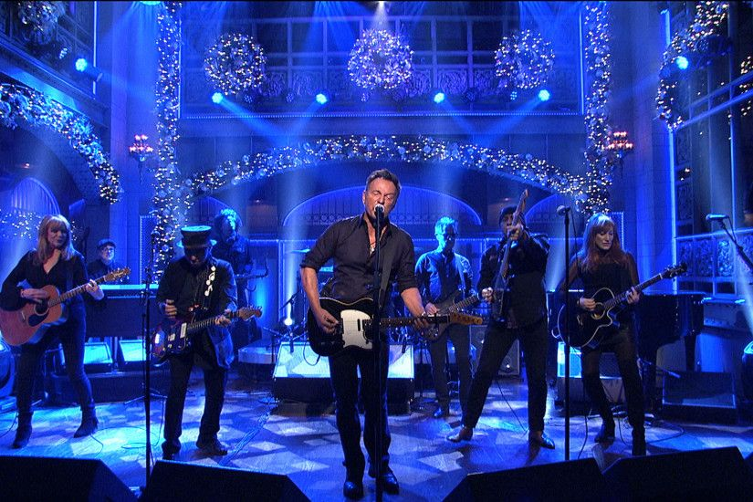 Watch Bruce Springsteen and the E Street Band: Meet Me in the City From  Saturday Night Live - NBC.com