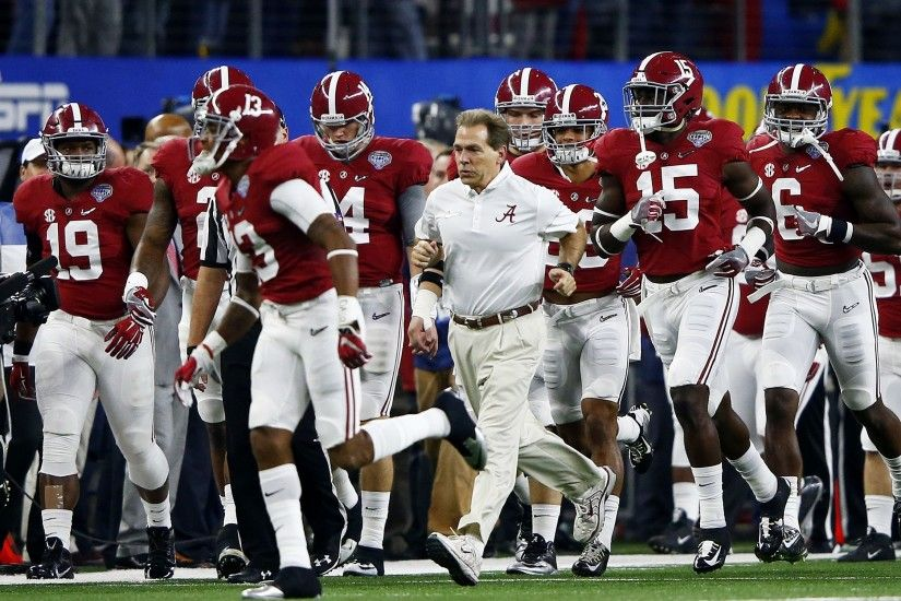 Alabama Football: Tide recruiting numbers crunch, 22 recruits for 10 slots