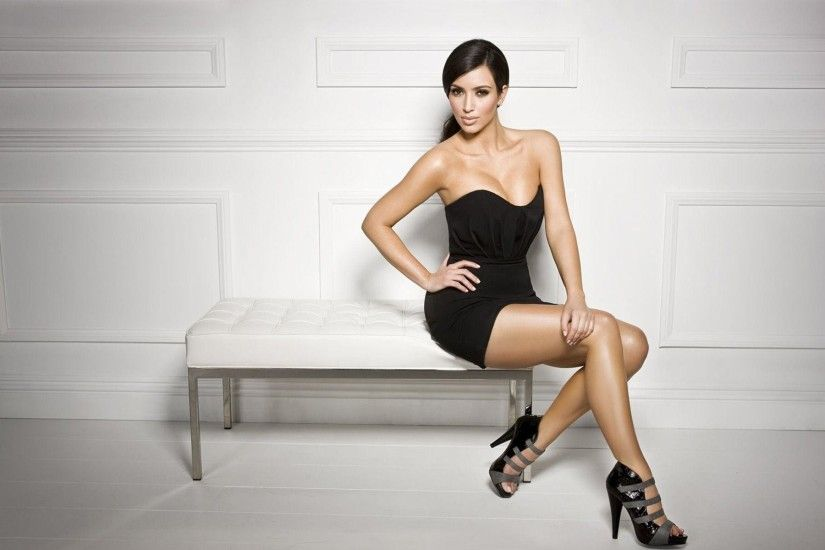 Kim Kardashian Backgrounds Download | Wallpapers, Backgrounds .