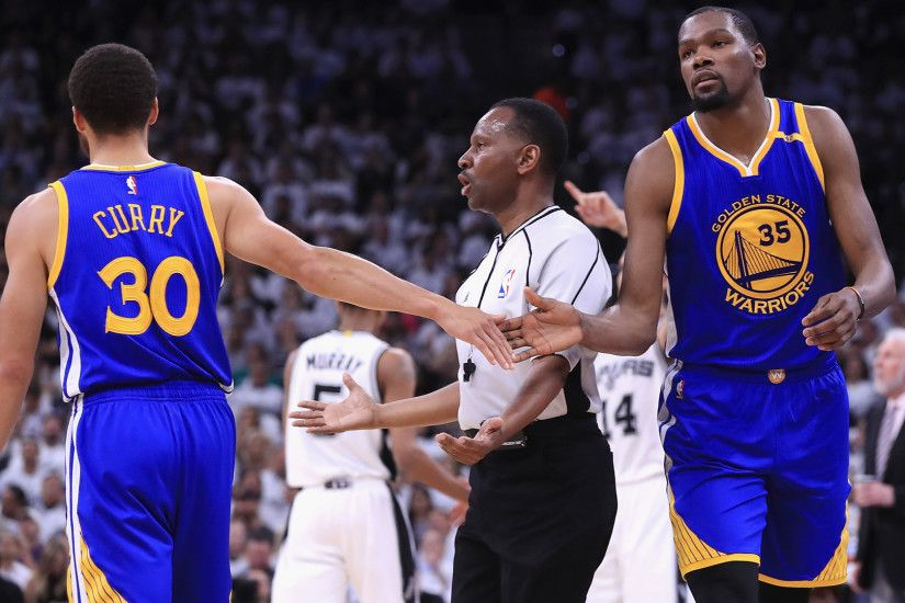 Golden State Warriors v San Antonio Spurs - Game Three
