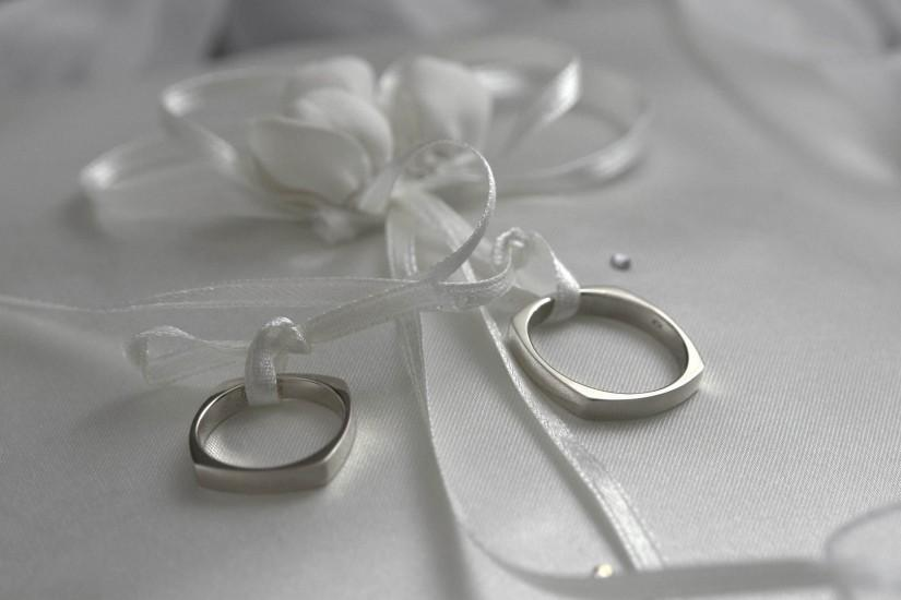 Preview wallpaper rings, wedding, ribbon, black and white 1920x1080