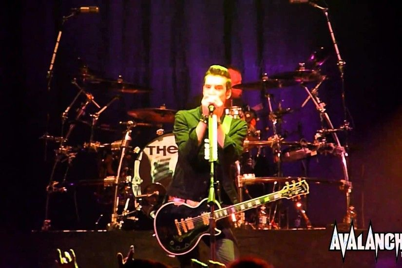 Theory Of A Deadman - Low Life, Live @ Avalanche Tour, Ft. Wayne Indiana  3/29/2011 - YouTube
