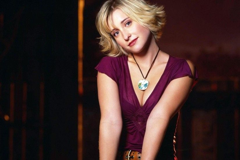 Allison Mack Wallpapers | Ultra High Quality Wallpapers