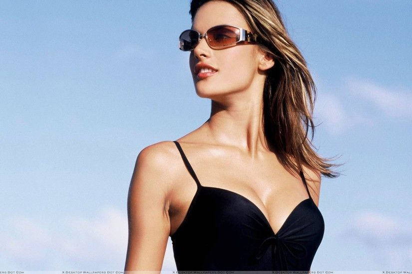 Featured Wallpapers. Alessandra Ambrosio ...