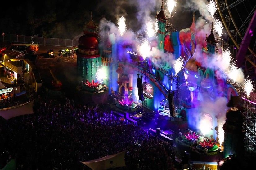 tomorrowland music festival at night