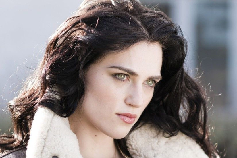 Katie McGrath 878306